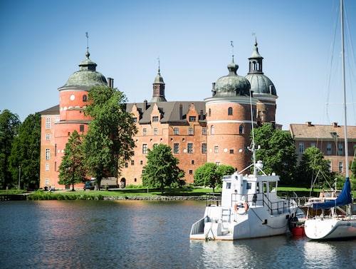 Gripsholms slott är ett av Sveriges tio kungliga slott.