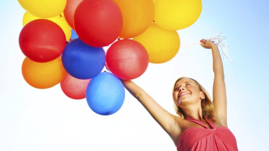 <p>LCHF! En livsstil med mindre kolhydrater och naturliga fetter gör dig både lättare och gladare.</p>