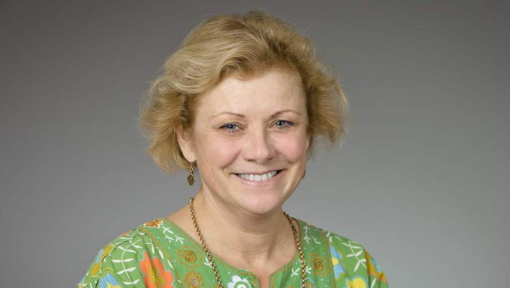 Anneli Ivarsson, överläkare och docent vid Umeå universitet, kritiserar glutentrenden.