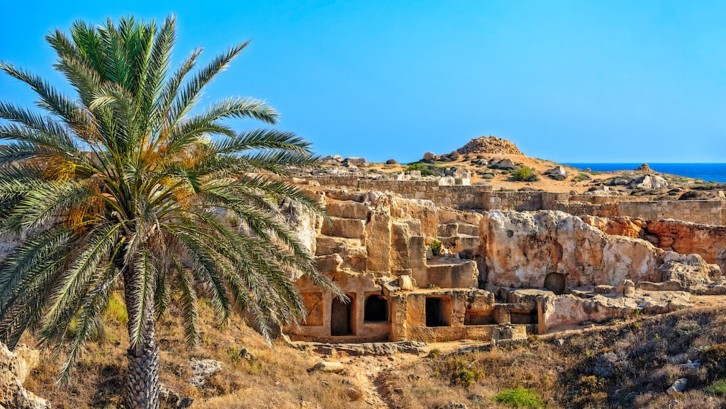 Kungagravar i Pafos arkeologiska park.