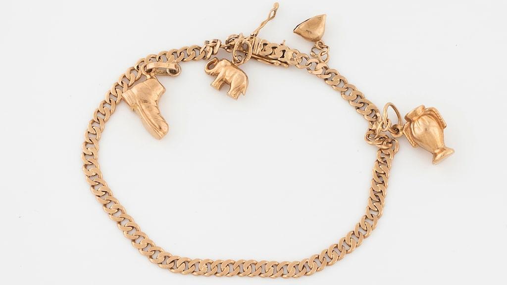 Ett 11,7 gram tungt guldarmband (18k) har sålts på auktion för 3 235 kronor.