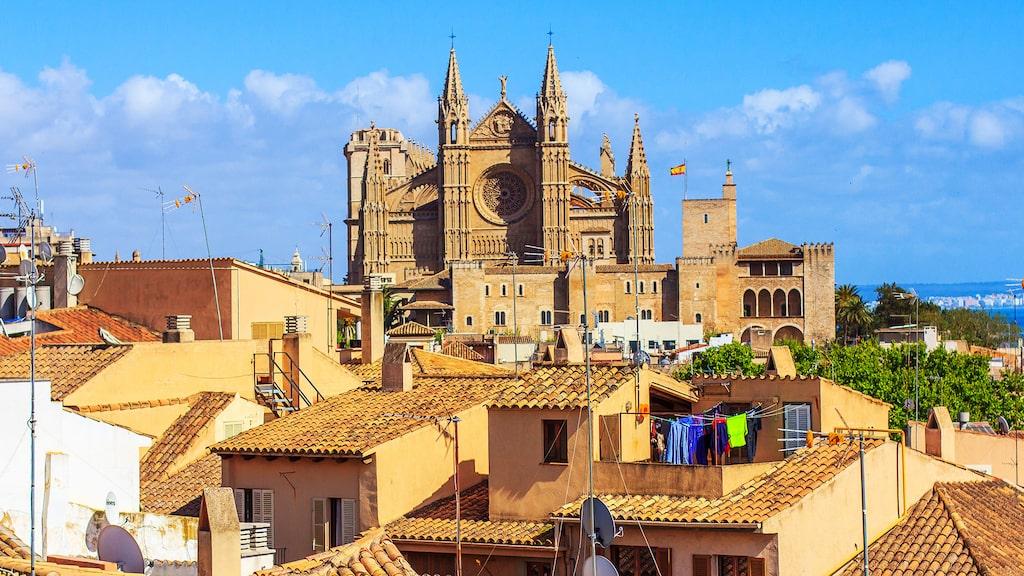 I dag anses Mallorca vara medvetet, sofistikerat och bohemiskt elegant.