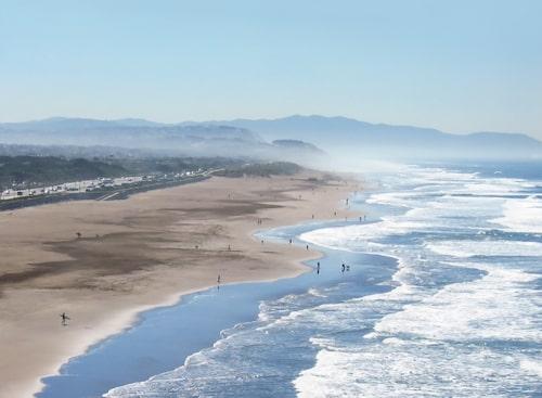Vid Ocean Beach möter du ett vildare hav.