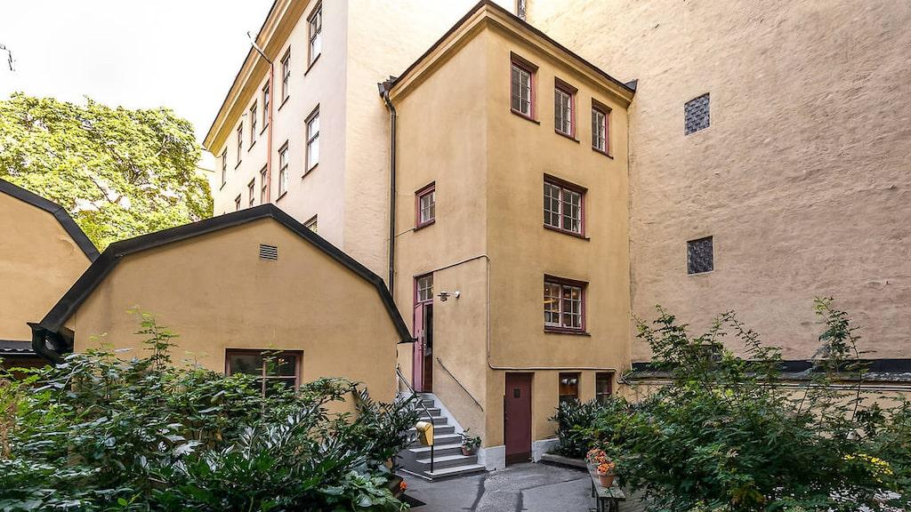Stockholms minsta höghus ligger i Vasastan i Stockholm och är till salu på Hemnet.