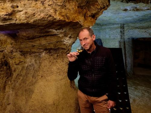 Laurent Kraft gör ett stort antal olika chenin blancviner från området – både bubblande, torra och söta.
