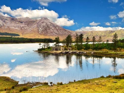 Föreställ dig att du springer genom att vackert landskap!