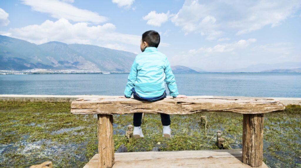 Barn som bor i områden med lägre koncentrationer av luftföroreningar löper mindre risk att medicineras för psykiatriska diagnoser.