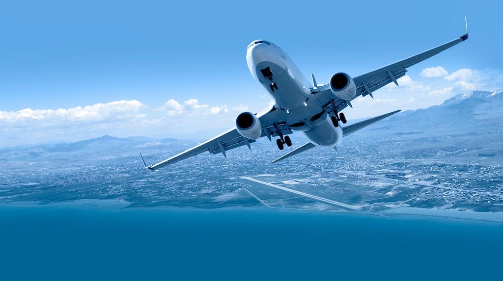 Det är nästan enbart flygbolag på listan över reseföretag som struntar i att följa rekommendationerna.