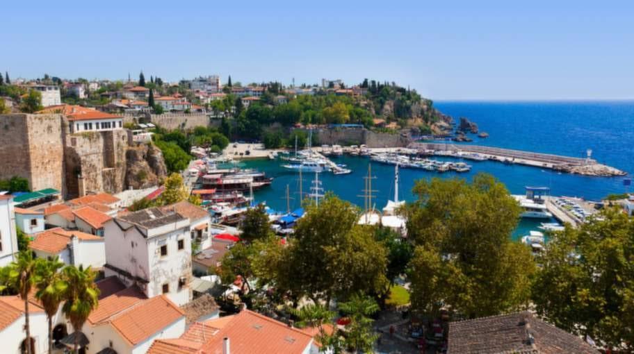 28 svenskar ligger magsjuka på Fritidsresors hotell nära Antalya i Turkiet.