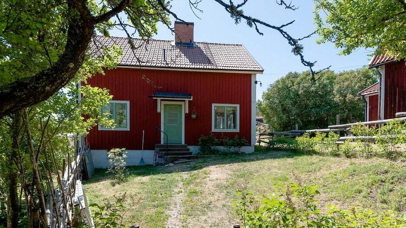 Huset är från 1940 och utgångspriset ligger på 2 975 000 kronor.