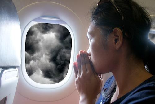 Dåligt väder och turbulens gör många flygpassagerare nervösa.