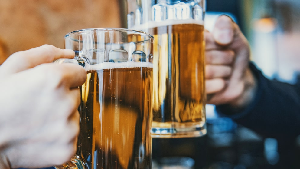 Ölsejdel är en vanlig syn på krogen - men avnjut med fördel din öl i ett vinglas.