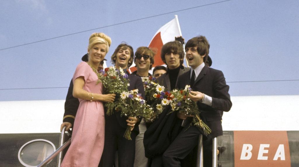 Beatles på Arlanda i samband med Stockholmsbesöket sommaren 1964.