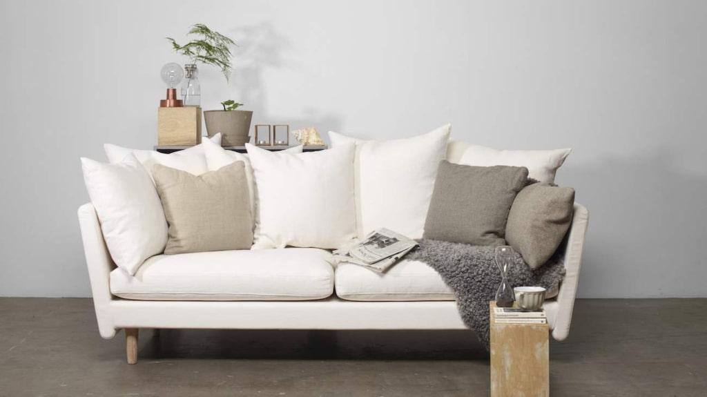 <p>Tresitssoffan Sofo i design av Emma Olbers för Ire, 26 900 kronor, Länna möbler.</p>