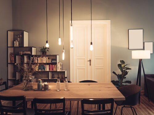 Fördela ljuskällorna i hela rummet, så blir det mysigt!