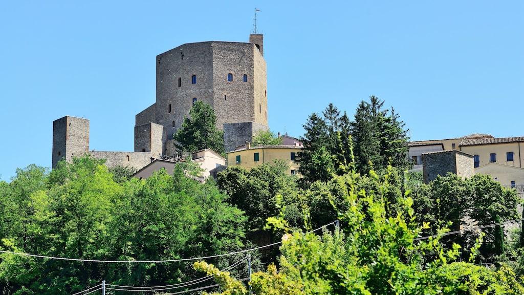 Castello di Montefiore i Marcheregionen ingår också i initiativet.