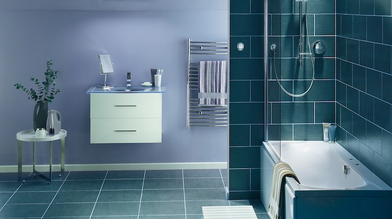 Men ska det vara på tassar eller inbyggt, med dusch eller utan, bubbelbad eller badbalja?  Experten guidar dig rätt här nedan!