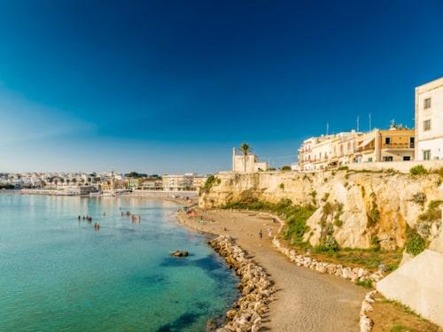 Vill man sola och bada ligger några av Italiens vackraste stränder just i Salento.