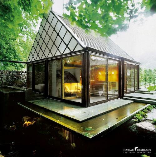 """Huset som stod färdigt 2001 är ritat av Gert Wingårdh, känd från bland annat tv-programmet """"Husdrömmar"""", och hans fru Karin Wingårdh."""