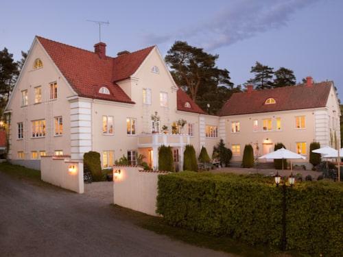 Talldungens Gårdshotell i Brösarp.