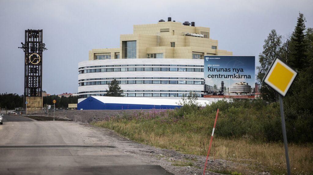 Kiruna är så oromantiskt att staden försöker fly från sig själv.