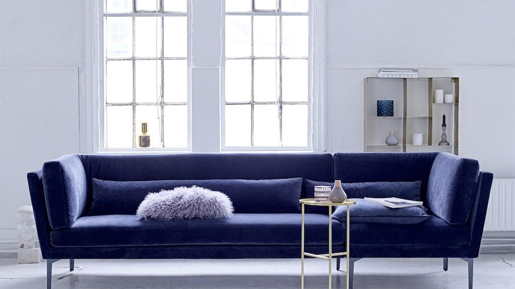 Rox sofa - Bloomingville. Ordinarie pris: 18999 kronor. Mellandagspris: 17099 kronor.  Avänd koden XMAS.