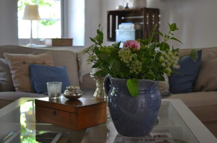 Bästa inköpet – ett gammalt, antikt, blått krus som alltid står på bordet.