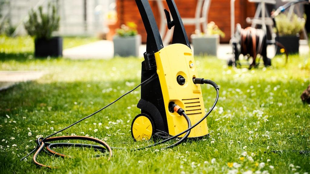 En högtryckstvätt är ett måste att ha i hemmet, åtminstone om du har bil eller bor i villa. Men vilken är egentligen bäst?