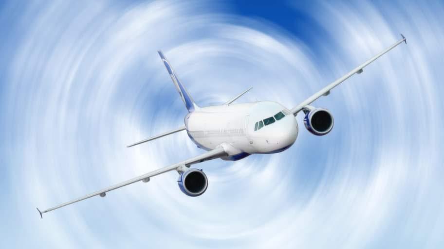 Planet skakar och fasten seat belt–skyltarna tänds. Dags att bli rädd? Läs dessa tio saker du bör veta om turbulens först.