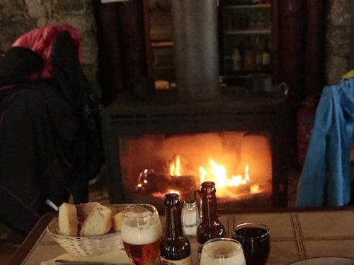 Värmande lunch på Chez César i Restonicadalen.