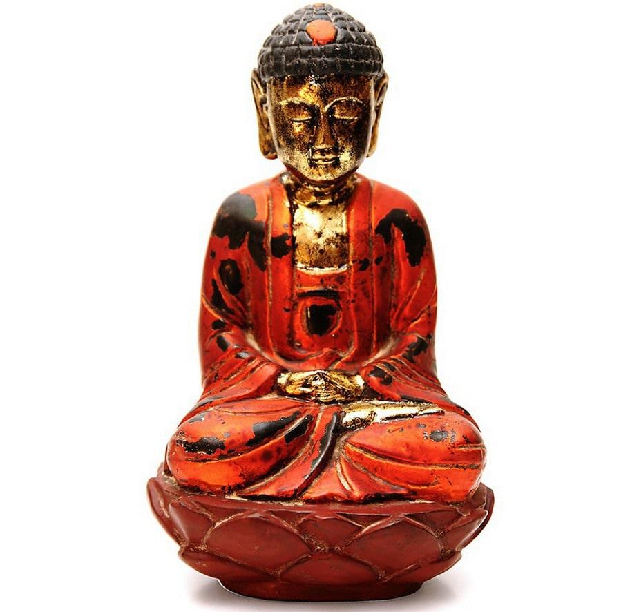 Asiatisk värme www.minh.se Minh satsar på asiatisk inredning. Stort sortiment av sidenlampor och köksporslin och många vackra sidenkuddar och överkast. De marknadsför också bambumöbler och andra inredningsprodukter av bambu som ett ekologiskt alternativ. Frakt: Postpaket 98 kronor. Köptips: Träskulptur av mediterande Buddha i vietnamesiskt lackarbete, 790 kronor.