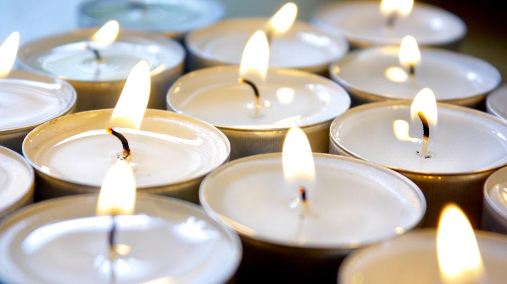 I Sverige tänder vi 46 000 ton ljus varje år enligt Miljömärkning Sverige. Vi är ett ljusälskande land. Men långtifrån alla ljus är bra för hälsa och miljö.