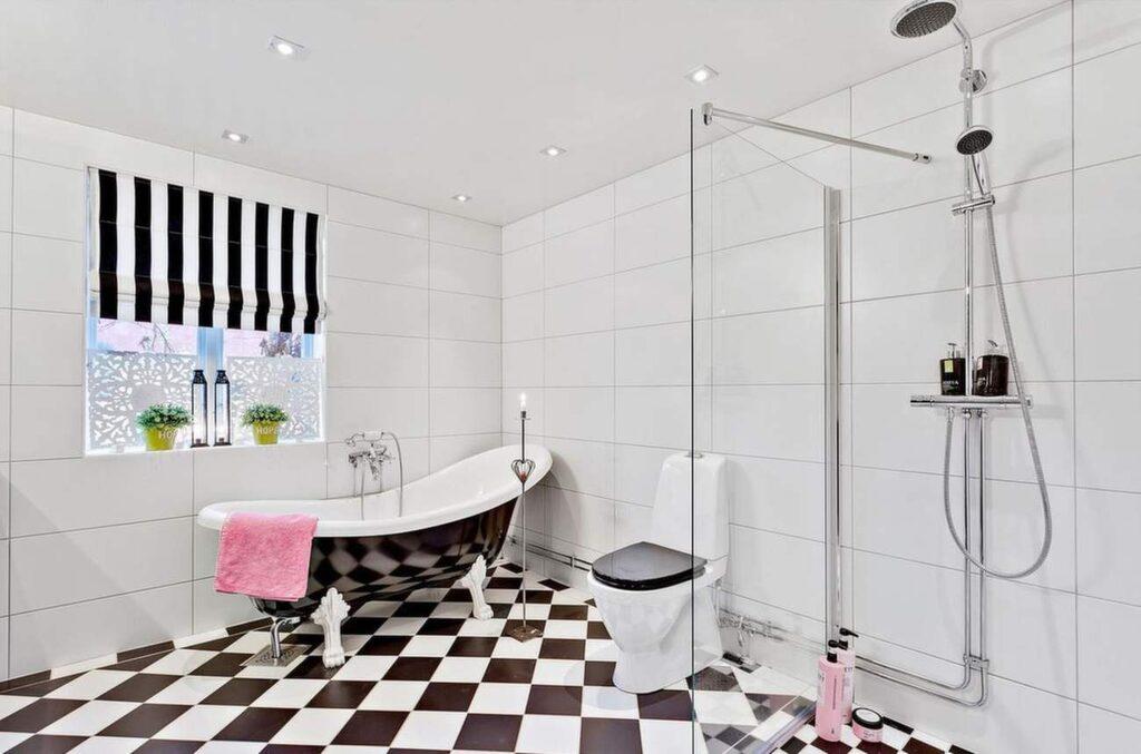 Vackert badrum.