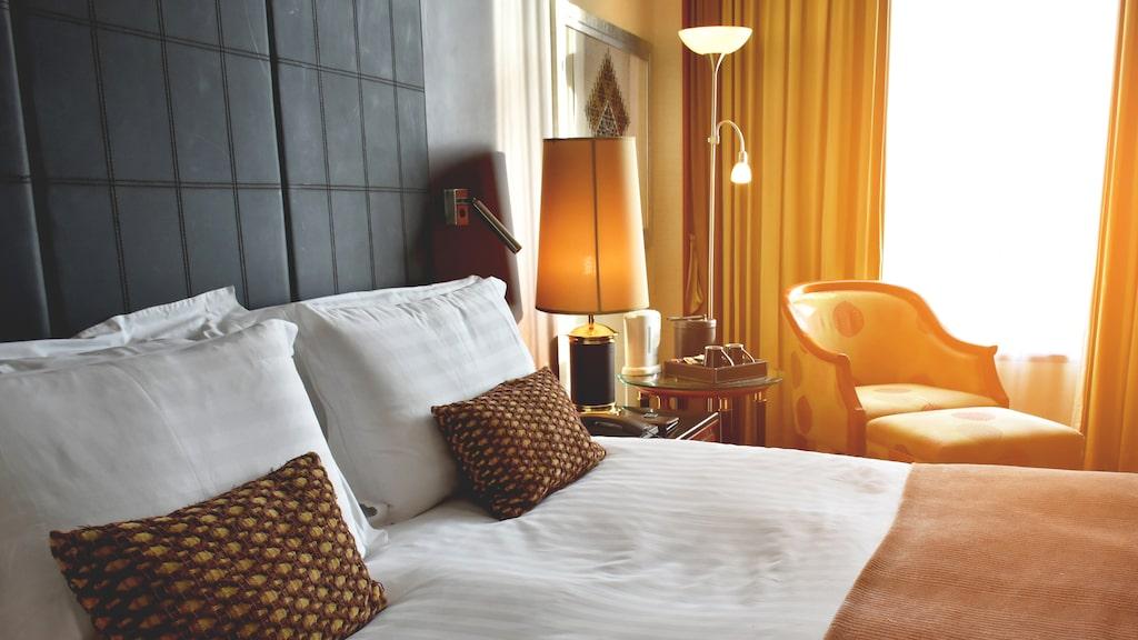 Ett flertal hotellrum råkade ut för tjuvkikarna.