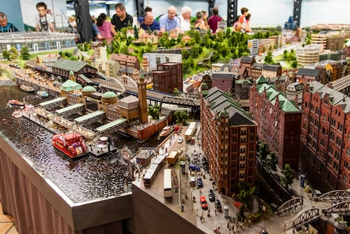 Miniatur Wunderland sägs vara världens största modelljärnväg.