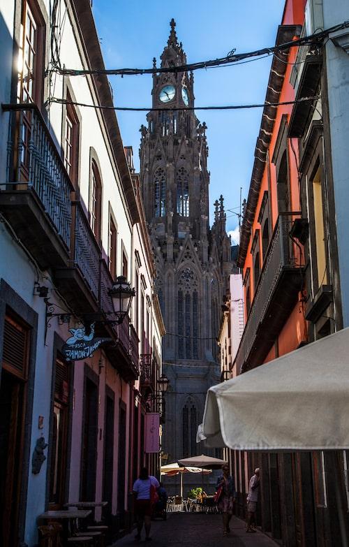 Arucas är en av flera fina gamla städer i bergen i norr.