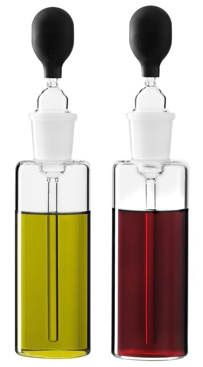 Camilla Kropp har designat dessa fina pipettflaskor för olja och vinäger, 495 kronor, Design House Stockholm.
