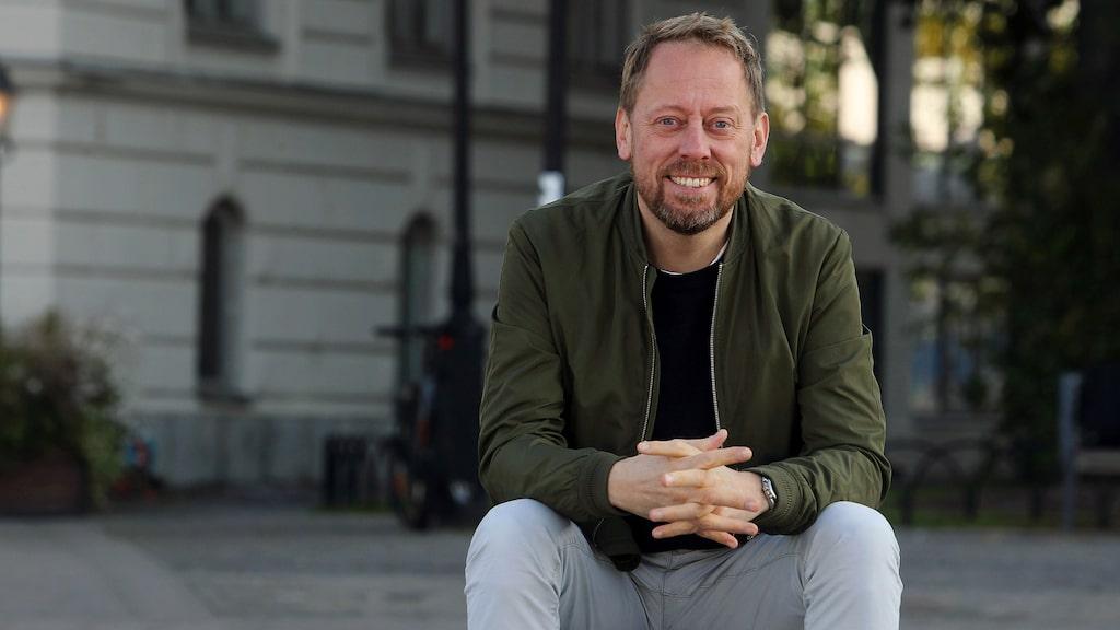 Peter Settman bor numera i Los Angeles. Var tredje vecka åker han hem till Sverige.
