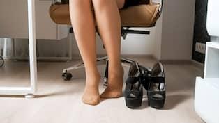 första titt skor för billiga nya stilar Varför gillar min partner när jag bär hudfärgade strumpbyxor ...