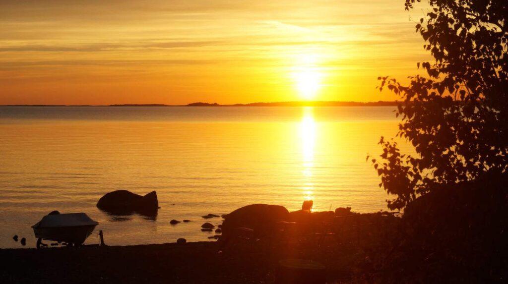 Härlig solnedgång vid Vättern.