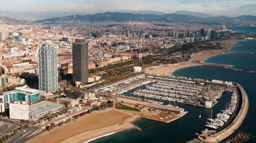 """<p>""""Om vi inte vill sluta som Venedig måste vi sätta någon sorts gräns för Barcelona"""", säger Barcelonas nya borgmästare.</p>"""