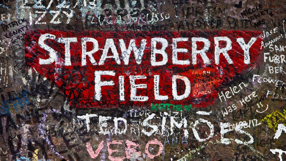 Bakom den här skylten lekte John Lennon som barn.