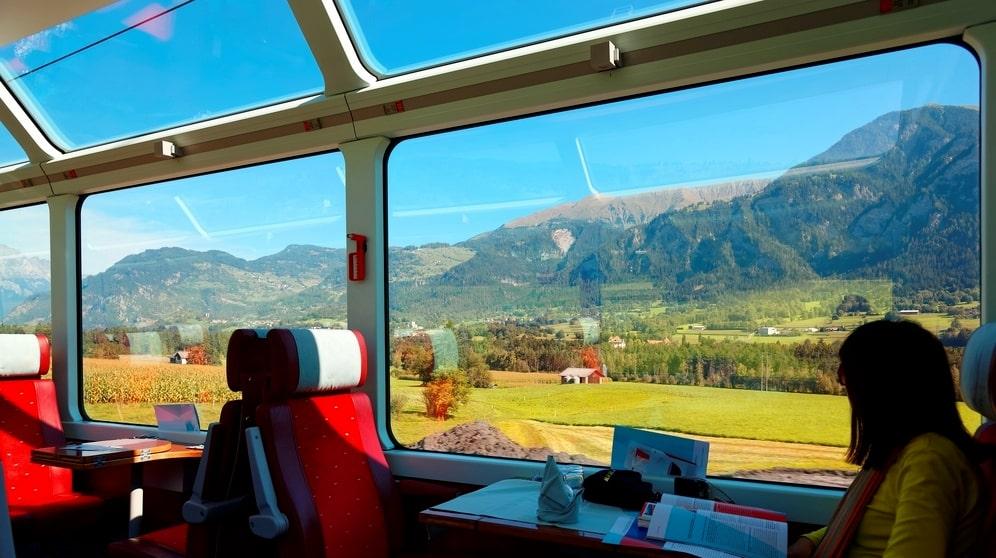 Alperna i Schweiz är ett perfekt mål för en kortare tågluff om en eller två veckor.