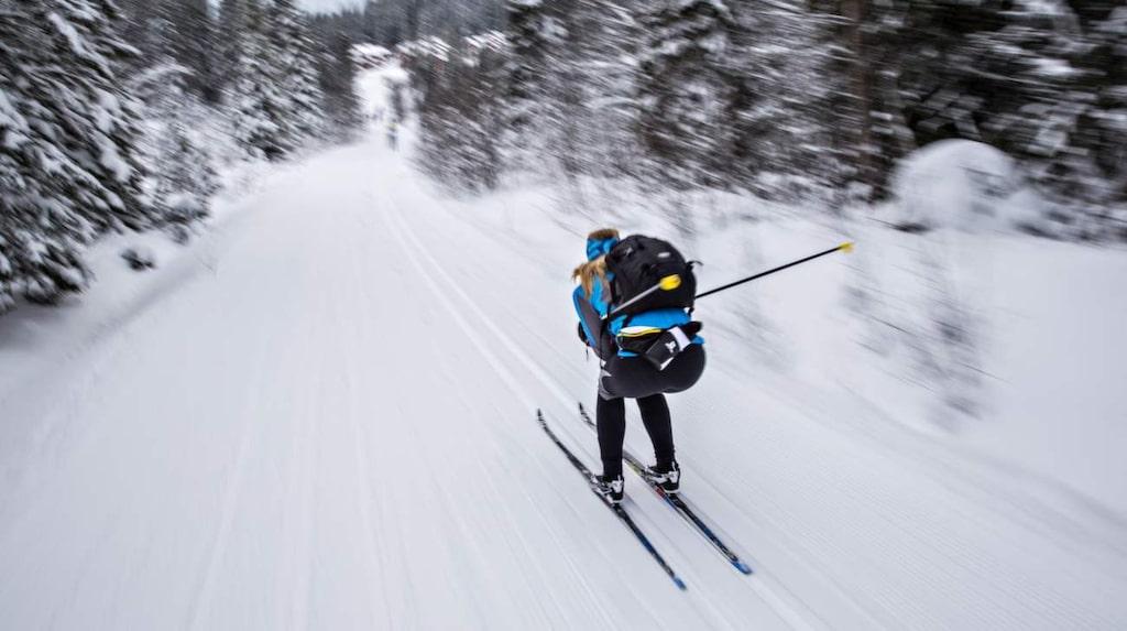 En alpin böna på väg att sadla om till längdloppa? Resporter Jenny Holmqvist satsar utförs.