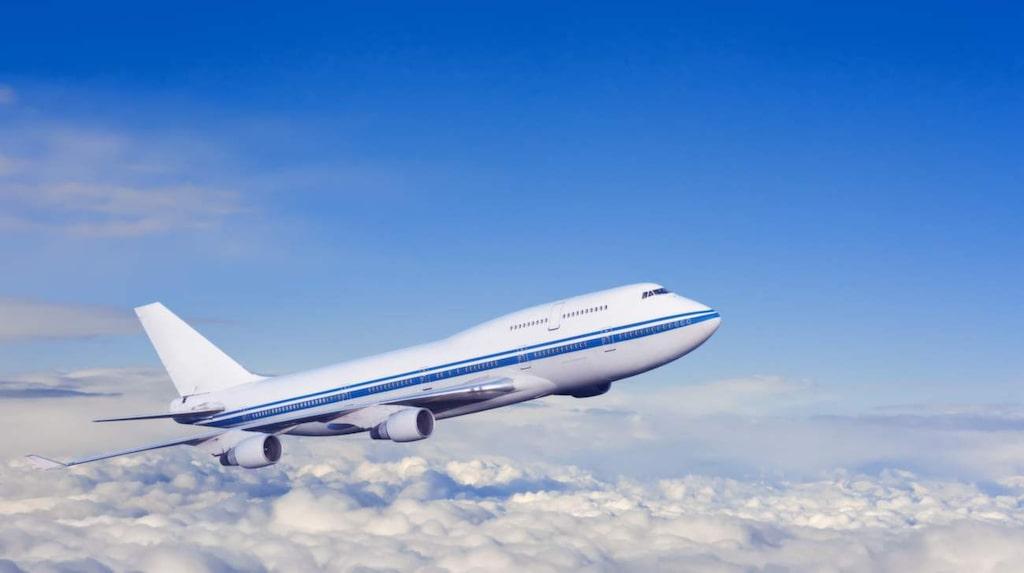 En gång i tiden var det tillåtet att röka ombord på kommersiella flyg, i alla fall i sektionen längst bak i planet.