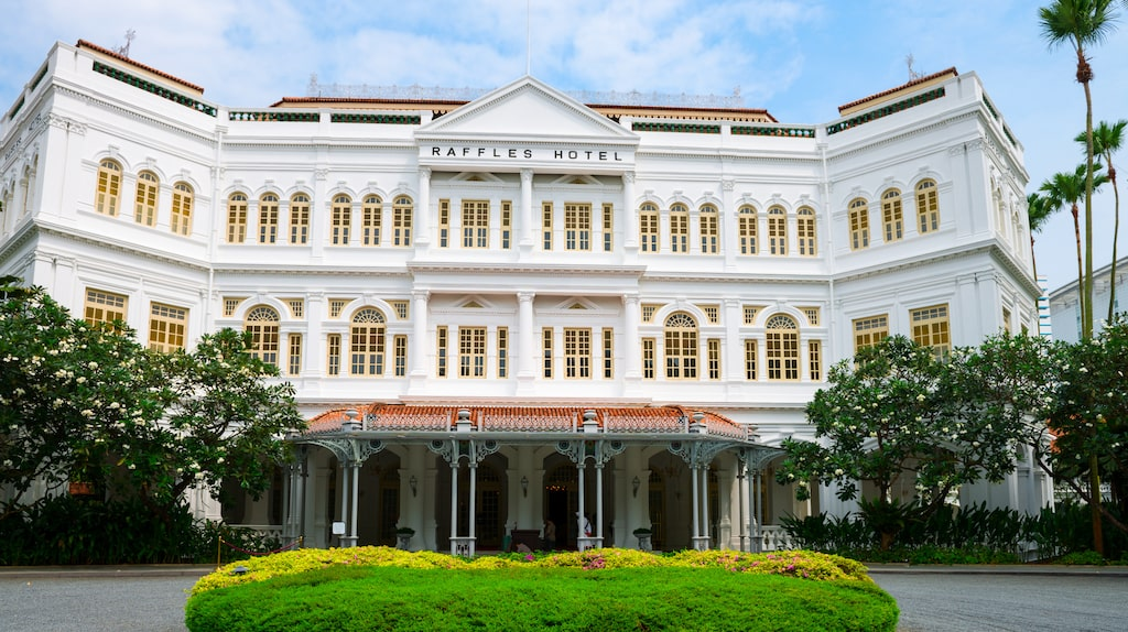 Fortfarande vallfärdar folk till baren på Raffles Hotel för att få uppleva en äkta Singapore Sling.