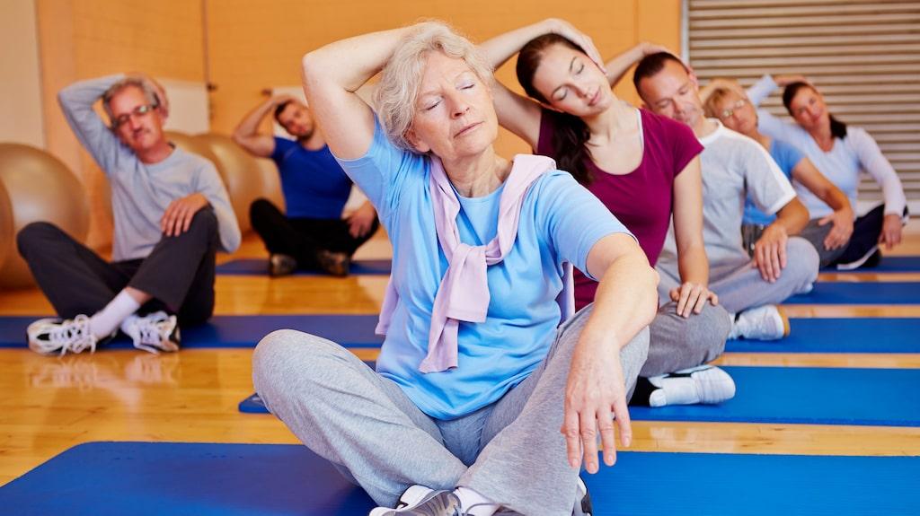 Att hålla sinnet lugnt är lika viktigt som att kroppen. Lindra stress och sömnsvårigheter med yoga.